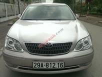 Cần bán xe Toyota Camry 3.0AT đời 2005, màu bạc