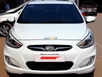 Bán ô tô Hyundai Accent 1-4-MT 2013, màu trắng, nhập khẩu, số sàn