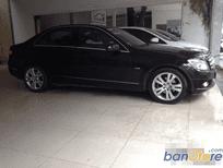 Bán xe Mercedes 2010, màu đen, số tự động