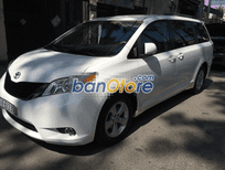 Toyota Sienna LE 2.7 màu trắng ca may