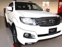 Bán xe Toyota Fortuner 2.7V TRD đời 2016, màu trắng 100% xe giao ngay trước tết, giá tốt nhất cho khách hàng đi tết