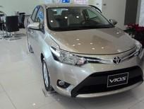 Cần bán Toyota Vios E 2016, màu bạc