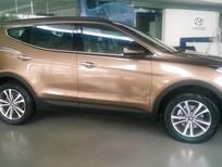 Cần bán xe Hyundai Santa Fe đời 2015