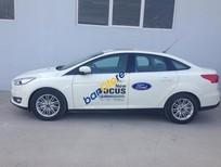 Cần bán xe Ford Focus đời 2016, màu trắng, 850 triệu