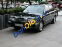 Bán xe Toyota Crown đời 1993, màu đen chính chủ