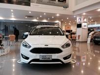 Bán Ford Focus Titanium Ecoboost năm 2016, màu trắng, 790 triệu