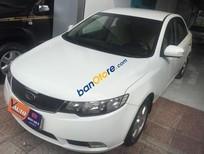 Xe Kia Forte 1.6MT đời 2010, màu trắng số sàn