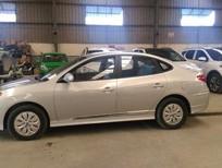 Bán Hyundai Avante mới 2016, màu bạc, nhập khẩu chính hãng