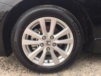 Cần bán Honda Civic 2.0 AT 2015, màu đen, 795 triệu