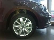 Bán xe nhập Đức  Volkswagen Polo Sedan 1.6l  đời 2016, màu nâu,, 695tr, LH 0916777090