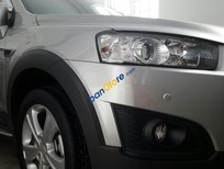 Cần bán xe Chevrolet Captiva LTZ đời 2015, màu bạc còn mới