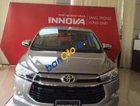 Cần bán xe Toyota Innova đời 2016, màu bạc, 793 triệu