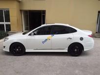 Cần bán Hyundai Avante 1.6AT đời 2012, màu trắng còn mới