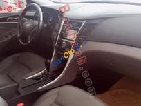 Cần bán xe Hyundai Sonata 2.0 AT đời 2011, màu trắng, nhập khẩu nguyên chiếc, 735tr