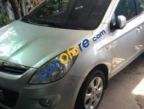Cần bán xe Hyundai i20 AT đời 2010 số tự động