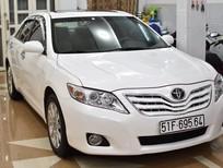 Xe Toyota Camry XLE 2009, màu trắng, nhập khẩu nguyên chiếc