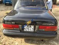 Cần bán gấp Toyota Crown đời 1993, màu đen