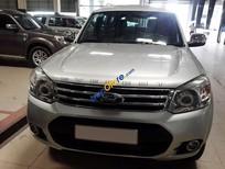 Cần bán xe Ford Everest MT 4x2 đời 2013, màu bạc