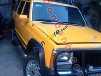 Bán xe Jeep Cherokee năm 1998, màu vàng, nhập khẩu