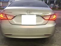 Cần bán xe Hyundai Sonata 2.0 AT 2014, màu bạc, nhập khẩu
