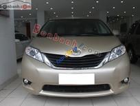 Bán xe Toyota Sienna LE đời 2011, màu vàng, nhập khẩu chính hãng