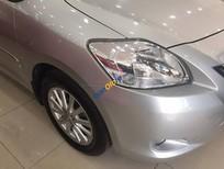 Cần bán Toyota Vios AT đời 2010, màu bạc, giá 520tr