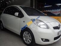 Cần bán Toyota Yaris AT đời 2010, màu trắng