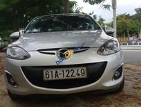 Cần bán gấp Mazda 2 đời 2013, màu bạc