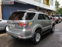 Bán xe cũ Toyota Fortuner 2.7 V đời 2014, màu bạc chính chủ