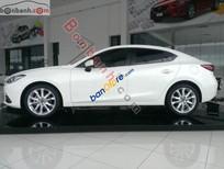 Cần bán Mazda 3 đời 2016, màu trắng