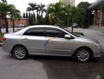 Bán Toyota Corolla altis 2.0 đời 2011, màu bạc xe gia đình, 715 triệu