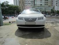 Cần bán gấp Hyundai Elantra 2011, màu trắng giá cạnh tranh