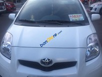 Bán xe cũ Toyota Yaris đời 2010, màu trắng chính chủ