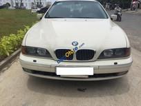 Cần bán xe BMW 5 Series 528i đời 2000, màu kem (be), nhập khẩu số sàn