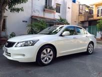 Honda Accord màu trắng bản full