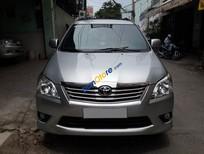 Cần bán xe Toyota Innova E năm 2012 còn mới
