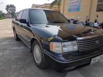 Bán Toyota Crown năm 1995, màu đen, 230 triệu