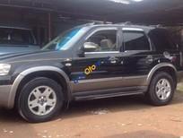 Cần bán xe Ford Escape 3.0 đời 2005, màu đen