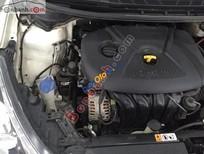 Bán xe cũ Kia K3 2.0AT đời 2014, màu trắng, 680 triệu