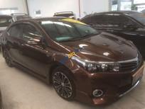 Cần bán gấp Toyota Corolla Altis 2.0V đời 2014, màu nâu xe gia đình