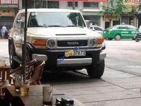Bán ô tô Toyota Fj cruiser đời 2011, màu kem (be)