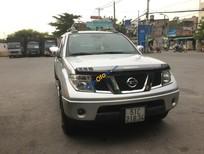 Cần bán xe Nissan Navara LE sản xuất 2012, màu bạc, xe nhập