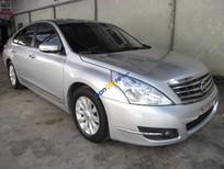 Cần bán lại xe Nissan Teana 2.0 AT đời 2010, màu bạc, nhập khẩu chính hãng như mới, 615tr