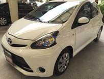 Bán Toyota Aygo 1.0AT đời 2013, màu trắng, nhập khẩu chính hãng