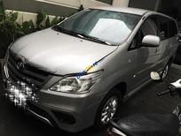 Cần bán gấp Toyota Innova G đời 2014, màu bạc số sàn