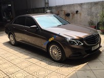 Bán xe Mercedes E250 phiên bản 2015, màu nâu cafe sang trọng, xe rất mới
