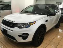 Cần bán xe LandRover Discovery đời 2015, màu trắng, xe nhập