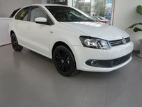 Volkswagen Polo Sedan, số tự động, nhập khẩu chính hãng, ưu đãi lớn, giảm 20 triệu