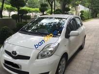 Cần bán Toyota Yaris đời 2010, màu trắng