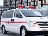 Hyundai Starex cứu thương 2016